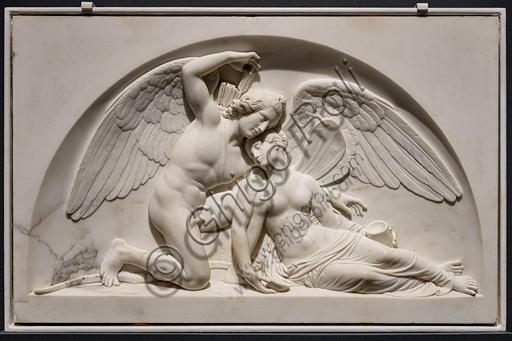 """""""Amore risveglia Psiche"""", 1810, di Bertel Thorvaldsen (1770 - 1844), marmo."""
