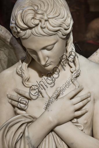 """Genova, Duomo (Cattedrale di S. Lorenzo), interno, Cappella Lercari o del Santissimo Sacramento (abside settentrionale), Ciborio: """"Angelo"""", di Giuseppe Gagini, 1818-21.Particolare."""