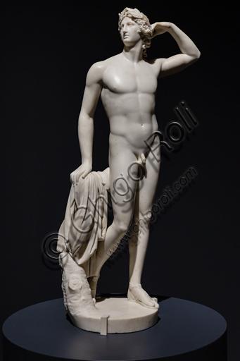 """""""Apollo che si incorona"""", 1781-2, di Antonio Canova (1757 - 1822), marmo."""