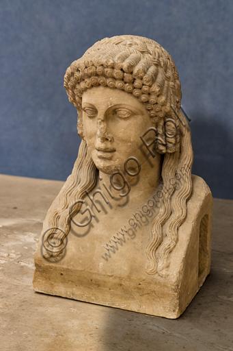 """Roman art: """"Herma"""", 1st century A.D, marble."""