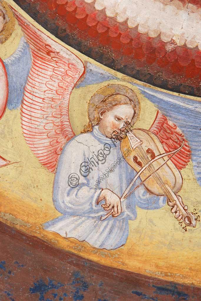 """Rocca di Vignola, Cappella Contrari, parete   orientale: """"Ascensione di Cristo"""". Affresco del Maestro di Vignola, anni Venti del Quattrocento.Particolare con angelo musicante che suona un violino."""