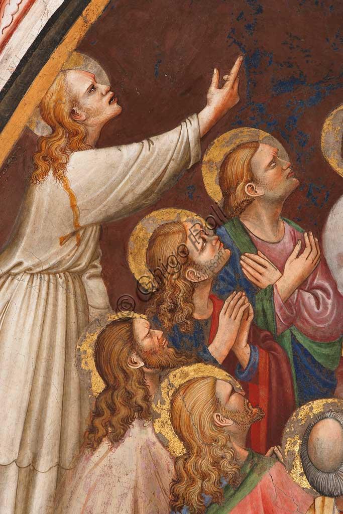 """Rocca di Vignola, Cappella Contrari, parete   orientale: """"Ascensione di Cristo"""". Affresco del Maestro di Vignola, anni Venti del Quattrocento. Particolare con santi."""