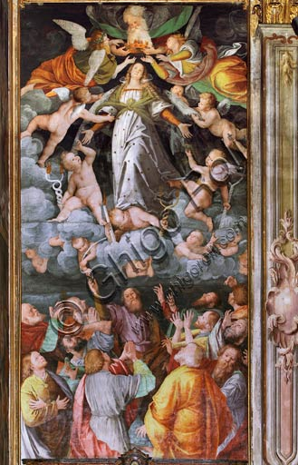 "Vercelli, Church of St. Christopher, Chapel of the blessed Virgin or of the Assunta: ""Assumption of the Virgin."" Fresco by Gaudenzio Ferrari, 1529 - 1534."
