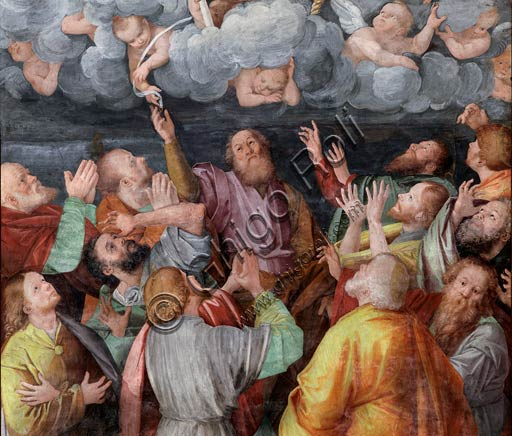 "Vercelli, Church of St. Christopher, Chapel of the blessed Virgin or of the Assunta: detail of ""Assumption of the Virgin."" Fresco by Gaudenzio Ferrari, 1529 - 1534."