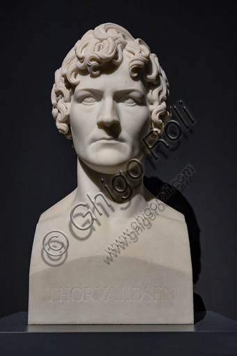 """""""Autoritratto"""", 1810-11, di Bertel Thorvaldsen (1770 - 1844), marmo di Carrara."""