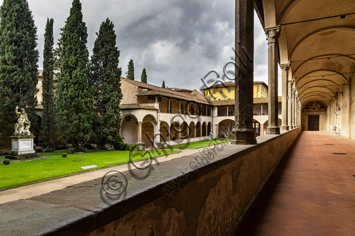 Basilica of the Holy Cross: view of the cloister of Pazzi, known also as first cloister or main cloister.