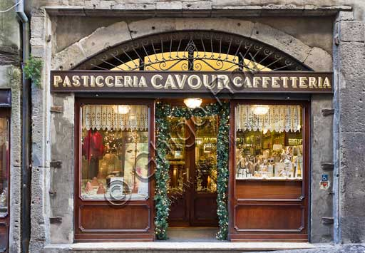 Bergamo, Città alta: Pastry Shop Cavour (Historical shop founded by Piedmont noblemen in 1850).