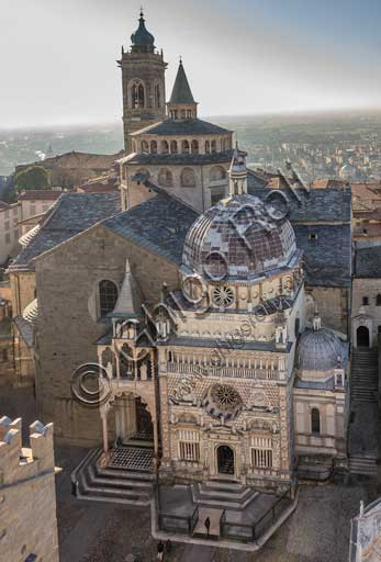 Bergamo, Città alta: view of piazza Duomo from the Civic Tower, known as the Campanone. From the left, the façade of the Basilica di Santa Maria Maggiore, the Colleoni Chapel and the upper part of the Baptistery.