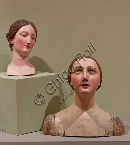 Bergamo, Bernareggi Museum, room of the Madonnas to be dressed: wooden carved and polychrome heads . (XVII and XVII centuries).