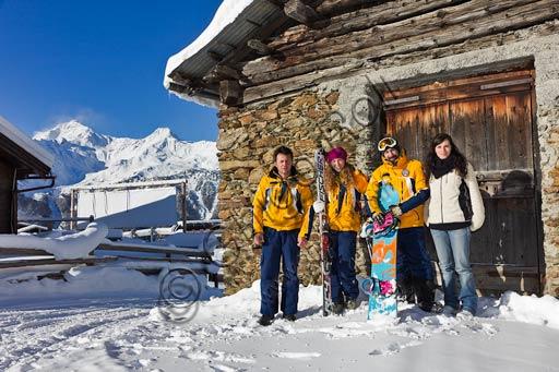 """Bormio 2000, Italian Ski School """"Gallo Cedrone"""": ski and snowboard teachers."""
