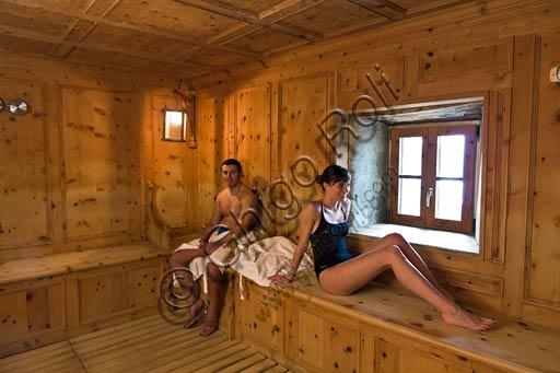 """Bormio, Terme, Stabilimento """"Bagni Vecchi"""": ospiti nella sauna."""