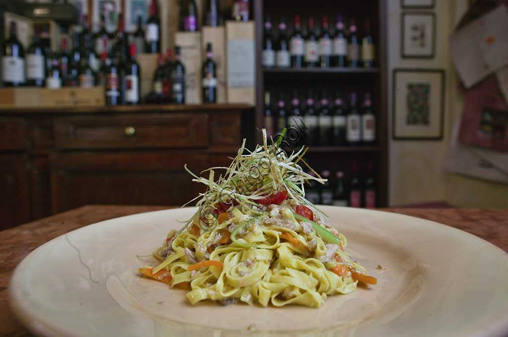 "Bevagna, the ""Bottega Di Piazza Onofri"", wine shop and restaurant: a dish of tagliatelle (kind of pasta) seasoned with vegetables."