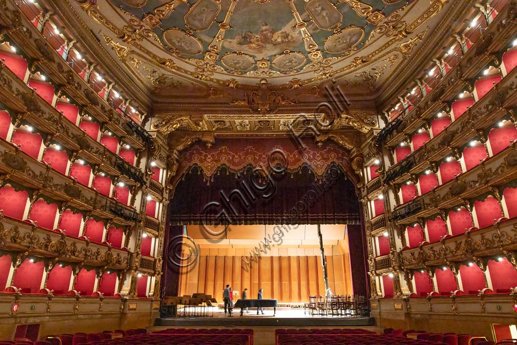 Brescia, Teatro Grande: the Sala Grande (the big hall) and the stage.