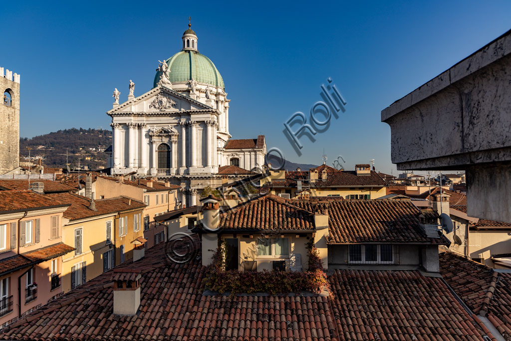 Brescia, view of the town from the Hotel Vittoria: At the centre the Pégol Tower and the dome of the Duomo Nuovo (the New Cathedral) , in late Baroque style with the facade of Botticino marble.