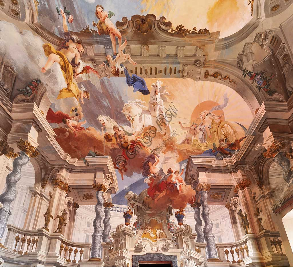 """Villa Crivelli (formerly Arconati): view of the Hall of the Parties. The fresco paintings representing """"The Charriot of the Sun"""" is by Bernardo and Fabrizio Galliari, 1750 - 1760."""