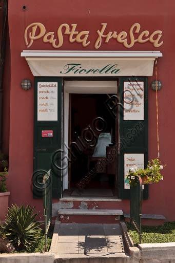 """Camogli: """"Fiorella"""" fresh pasta shop."""