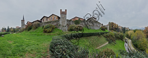Candelo, Ricetto (fortified structure): view of the walls.