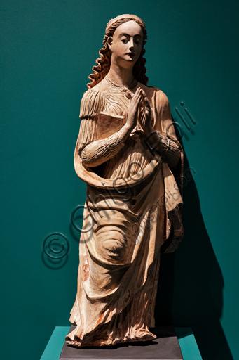 """Perugia, Galleria Nazionale dell'Umbria: """"S. Caterina d'Alessandria"""", di Giacomo e Raffaele da Montereale, terracotta policroma con parti in legno, 1540-50."""
