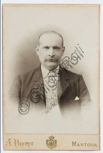 Assicoop - Unipol Collection: photo on a postacard, portraying the painter Albano Lugli (1834 - 1914).