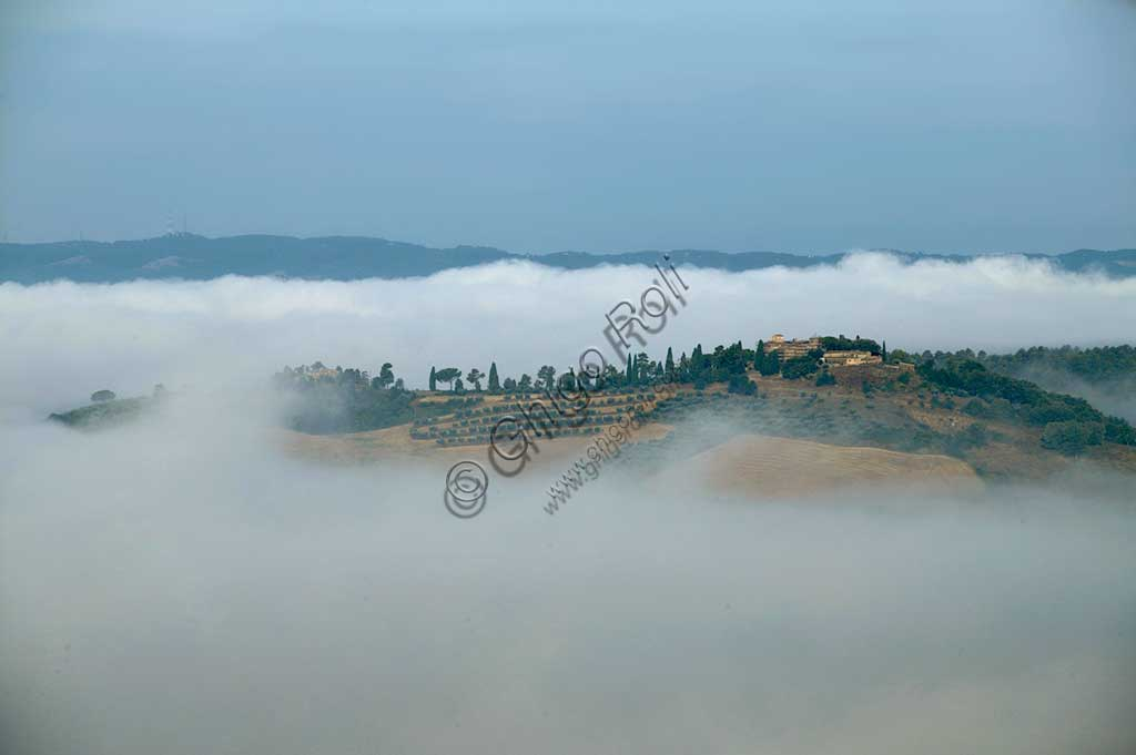 Hills in the clouds near Saragano.