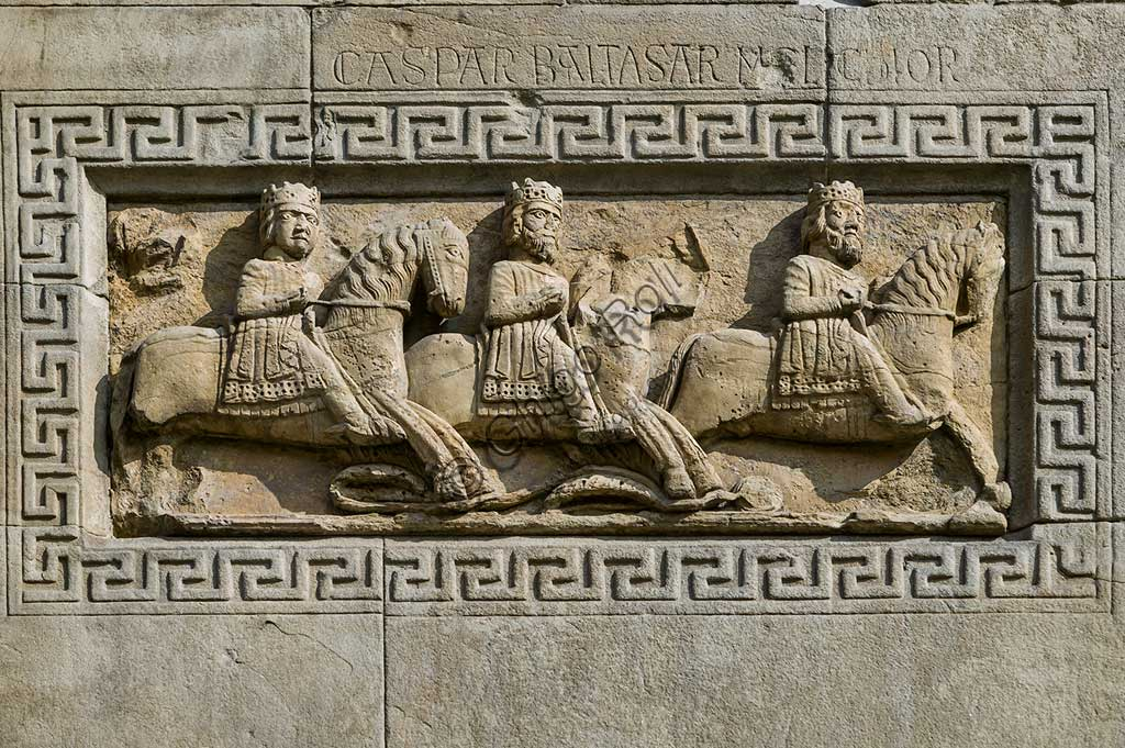 "Fidenza, Duomo (St. Donnino Cathedral), Façade: the bas-relief with ""Procession of the Magi on horseback"". Work by Benedetto Antelami and his workshop."