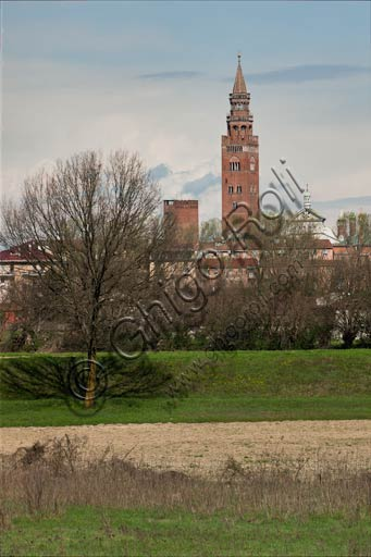 Cremona: view of the Torrazzo from South West.