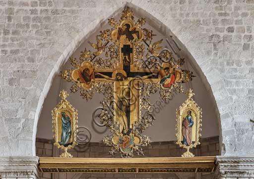 Croazia, Ragusa (Dubrovnik), chiesa di San Domenico: Paolo Veneziano,  polittico della Crocifissione(1359?) con i quattro Evangelisti e due figure di dolenti (Vergine Addolorata e Giovanni?).
