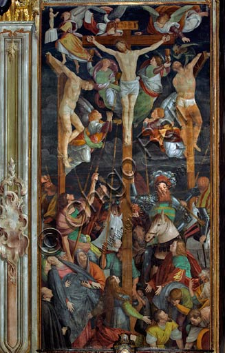 "Vercelli, Church of St. Christopher, Chapel of the Magdalene: ""Crucifixion."" Fresco by Gaudenzio Ferrari, 1529 - 1534."