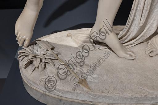 """""""Amore e Psiche"""", 1845, di Giovanni Maria Benzoni (1809-1873), marmo. Particolare dei piedi."""