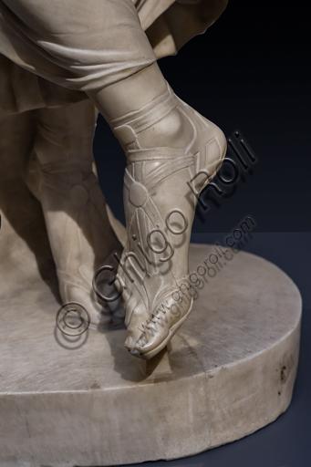 """""""Tersicore danzante (Danzatrice)"""", 1820, di Gaetano Matteo Monti (1776 - 1847), marmo.  Particolare dei piedi."""