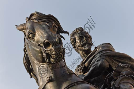 Piacenza, Piazza dei Cavalli (Horses Square): detail of the equestrian monument dedicated to Alexander Farnese, work by Francesco Mochi da Montevarchi, realised between 1612 and 1628.