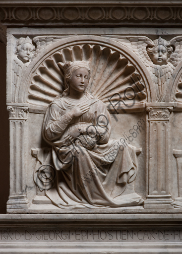 """, Genoa, Duomo (St. Lawrence Cathedral), inside, Northern aisle, De Marini Chapel: """"Funerary Monument of Giorgio Fieschi - Detail of Prudence"""", by Giovanni Gagini, 1461."""