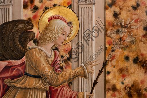 Perugia, Galleria Nazionale dell'Umbria: Annunciazione dei Notai, di Benedetto Bonfigli,1450-3, tempera su tavola. Particolare dell'arcangelo con il giglio.