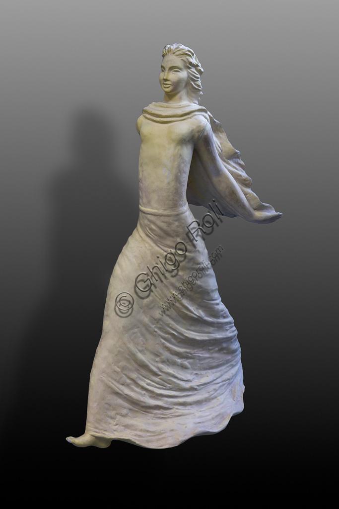 Deruta, Regional Ceramics Museum of Deruta: Statuette of a Woman, by Ruffo Giuntini, XX century.
