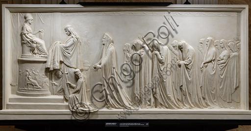 """""""Ecuba e le donne troiane offrono il peplo a Pallade"""", 1790-92, di Antonio Canova (1757 - 1822), gesso."""