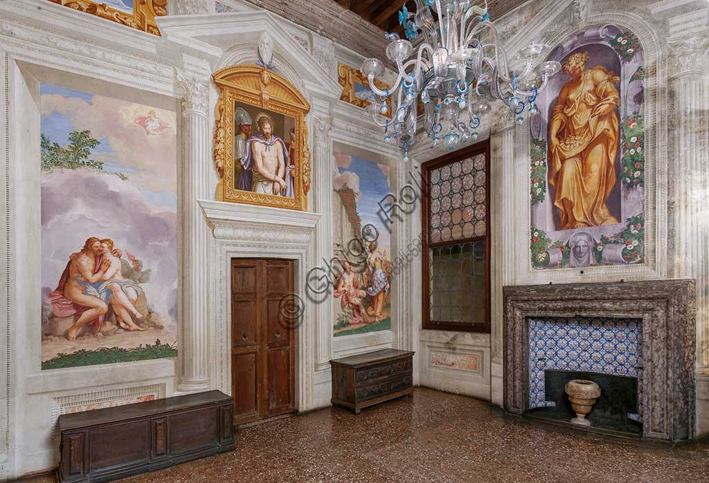 Fanzolo, Villa Emo: view of the room with Jupiter and Io, Ecce Homo, Spring and Autum. Frescoes by Giovanni Battista Zelotti, about 1565.