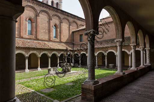 Ferrara, Church of St Romano, toady Museum of the Cathedral: the cloister.