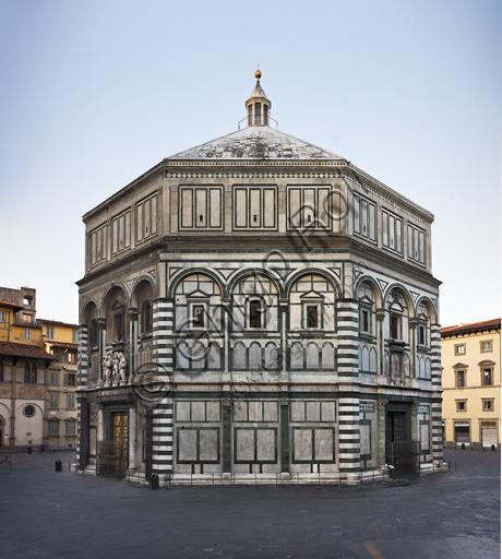 Firenze, Battistero di San Giovanni, esterno: la facciata a Nord Est in marmo di Carrara bianco e verde di Prato con le porte di Lorenzo Ghiberti. Sul lato est, è quella detta del Paradiso.