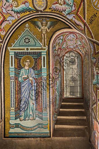 Florence, the Baptistery of St. John, the matronea,  East gallery, third martoneum (of the Saint Virgins): mosaics by the school of the Master of San Gaggio and of the Master of St. Cecilia (about 1300 - 1310).