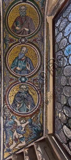 Florence, the Baptistery of St. John, the matronea,  South Gallery, central matroneum (of the male busts): mosaics by the school of the Master of San Gaggio  (about 1300 - 1310).