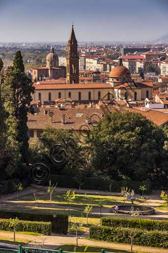 Firenze, Giardini di Boboli: veduta della Basilica di Santo Spirito.