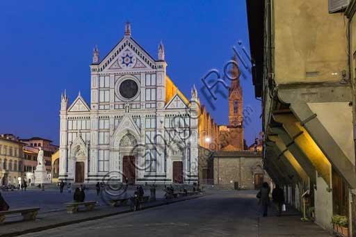 Firenze: Piazza Santa Croce e la Basilica di Santa Croce.