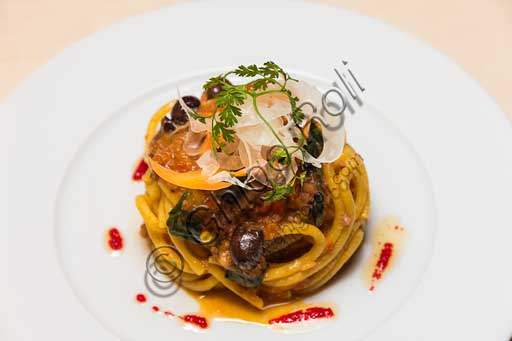 Florence, Olio & Convivium Restaurant: pici (a kind of Tuscan pasta) with an octopus sauce.