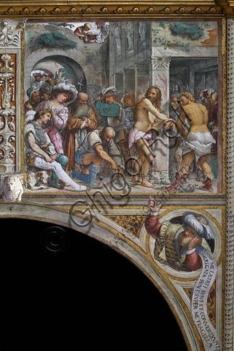 """Cremona, Duomo (Cattedrale di S. Maria Assunta), interno, presbiterio, dodicesimo arcone:  """"Flagellazione"""", affresco di Girolamo Romanino, 1519."""