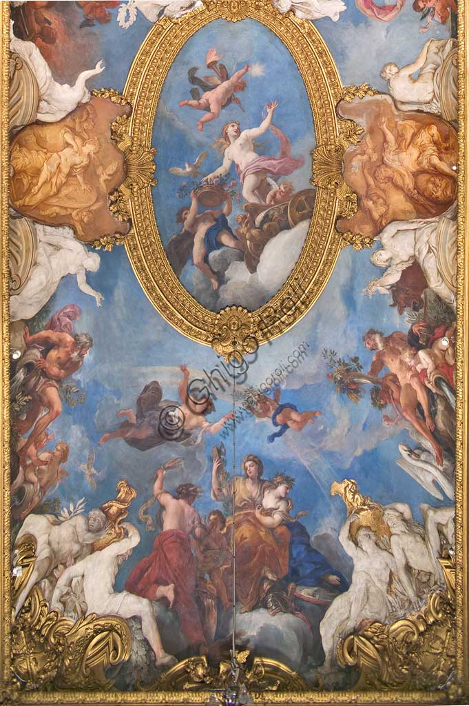 "Turin, the Royal Palace,  the ""Daniel's Gallery"", the vault with ""Apotheosis of a hero (Vittorio Amedeo II)"": southern detail with ""Venus on the chariot of Triumph"" and, below, ""Peace, Justice and Abundance"". Frescoes by Daniel Seiter (1690 - 1694)."
