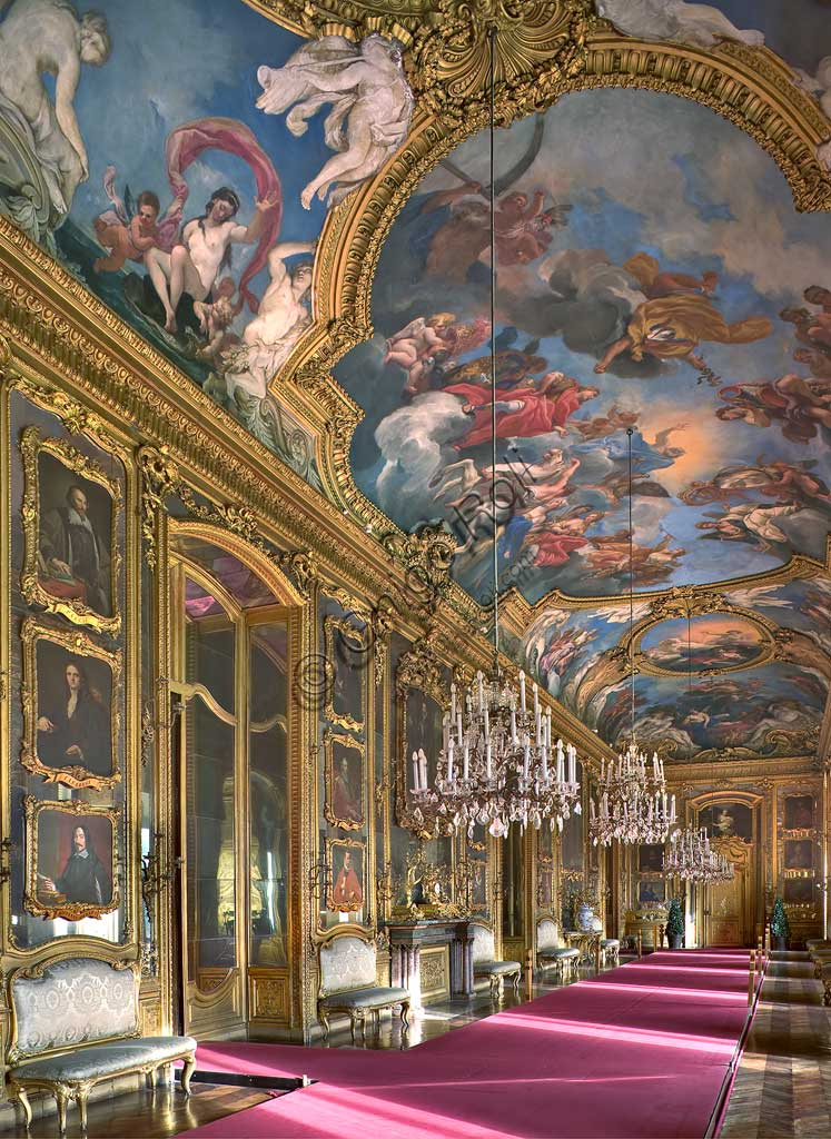 "Turin, the Royal Palace: view of the ""Daniel's Gallery"", with frescoes by Daniel Seiter (1690 - 1694)."
