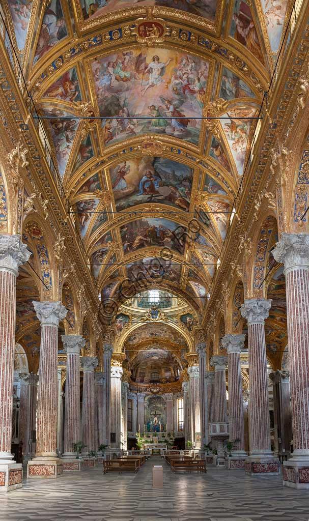 Genova, Basilica della SS. Annunziata del Vastato: veduta della navata centrale.