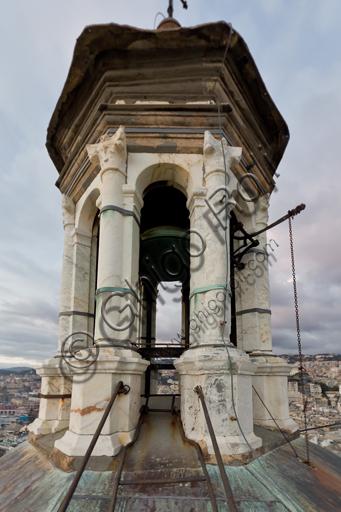 Genova, Duomo (Cattedrale di S. Lorenzo), il campanile: la cella campanaria.