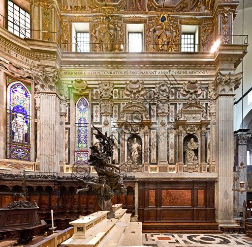 Genova, Duomo (Cattedrale di S. Lorenzo), interno,  presbiterio: la parete sud.