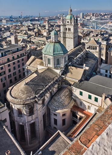 Genova, Duomo (Cattedrale di S. Lorenzo): l'abside della navata centrale, l'abside della navata settentrionale da nord-est.